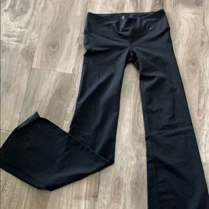 Gap fit black yoga leggings. Like new.